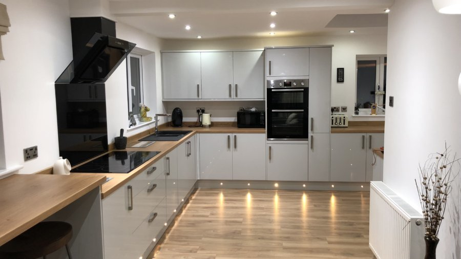 Delicieux Wigan Joiner, Kitchen Fitters